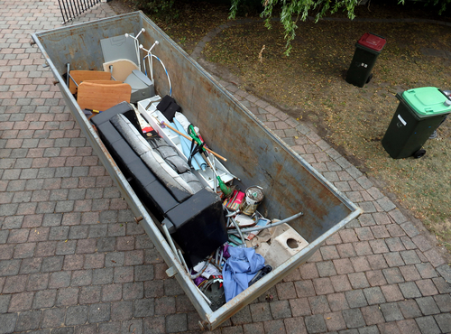 How to Pick the Best Rubbish Removal in South Australia article image by Easy Skips